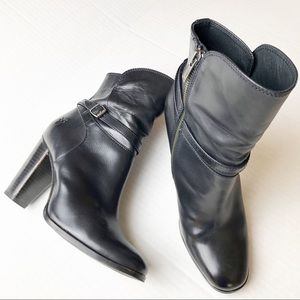 Frye Short Black Leather Boots 7M
